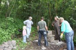 Bau der Begrüßungsskulptur, Naturerlebnisraum Nammen